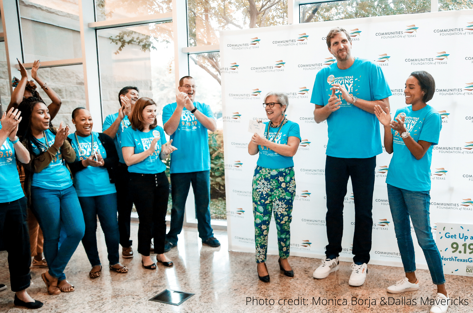 Susan Swan Smith and Nowitzkis cheering on giving day team